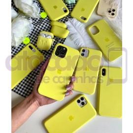 atacado-capa-para-celular-silicone-case-veludo-iphone-12-6-1-amarelo-20